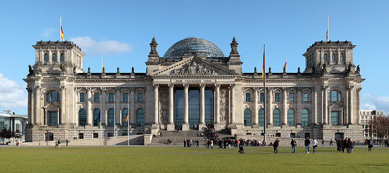 800px-Berlin_reichstag_west_panorama_2